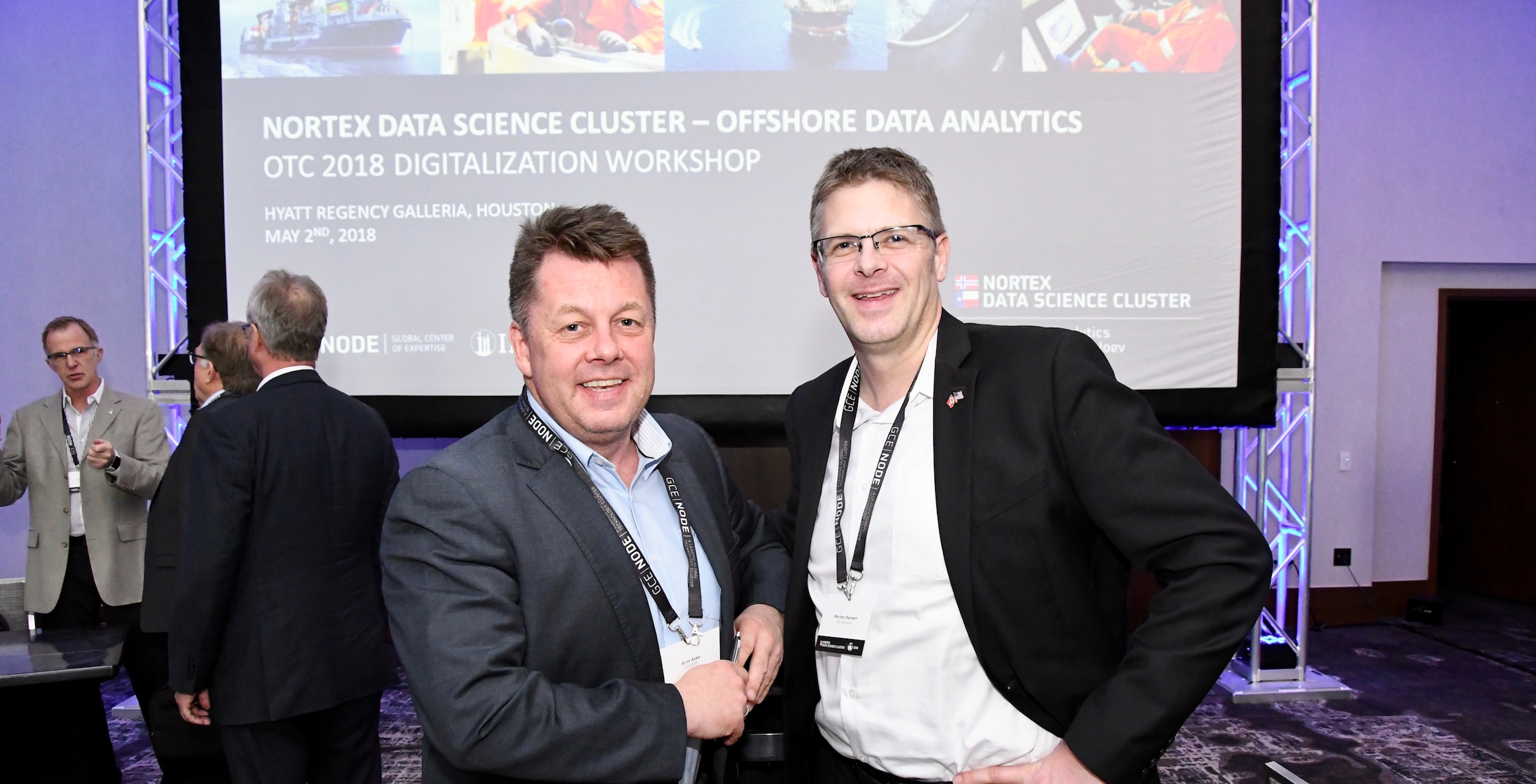 Morten Hagland Hansen at satellite operator SES (right) enjoyed the NorTex Data Science Cluster Digitalization Workshop in Houston, led by Arnt Aske, Business Development Digitalization at GCE NODE.